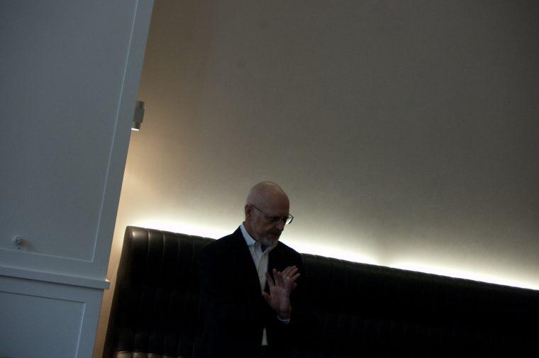 Krankenhausseelsorger und Pastor Gottfried Schmidt